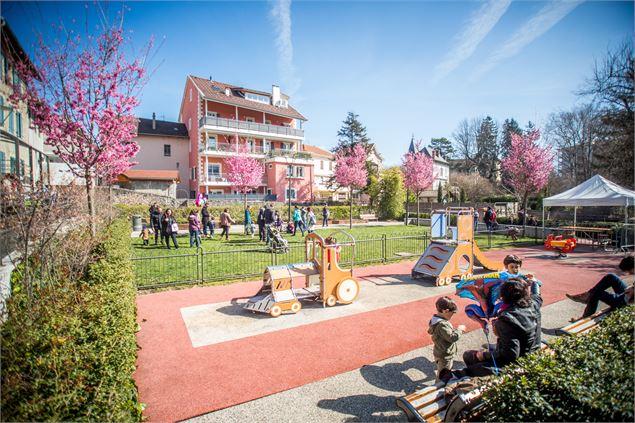Jardin du cheval blanc saint julien en genevois - Office du tourisme saint julien en genevois ...