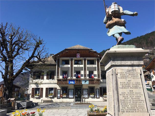 Place du village morzine - Office de tourisme de morzine ...